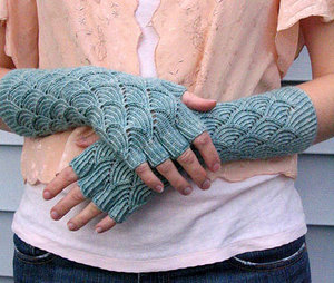 Mermaid-Gloves.jpg